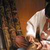 竹で工芸品を作る潭陽の職人